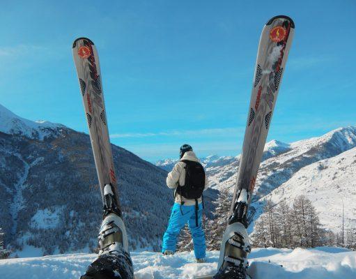 ski-588696_960_720